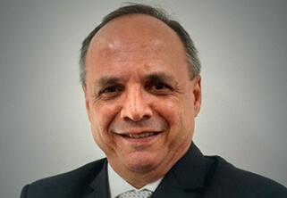 Foto do Professor Carlos Henrique Bezerra Leite