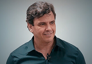 Foto do Professor Lásaro do Carmo Jr.