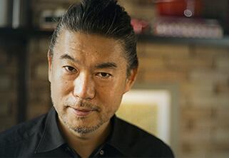 Foto do Professor Chef Tsuyoshi Murakami