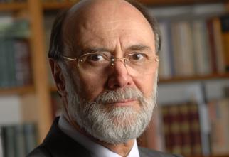 Foto do Professor Bolívar Lamounier