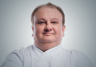 Foto do Professor Chef Érick Jacquin