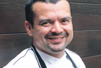 Foto do Professor Chef Fábio Barbosa