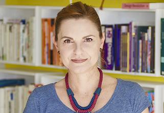 Foto do Professor Lígia Fascioni