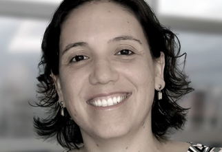 Foto do Professor Mariana Zaparolli