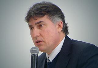 Foto do Professor Paulo César Busato