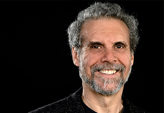 Foto do Professor Daniel Goleman